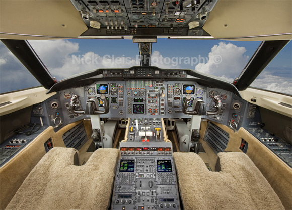pilot cabin private jet2 Photos From The Inside Of Most Luxurious Private Jets